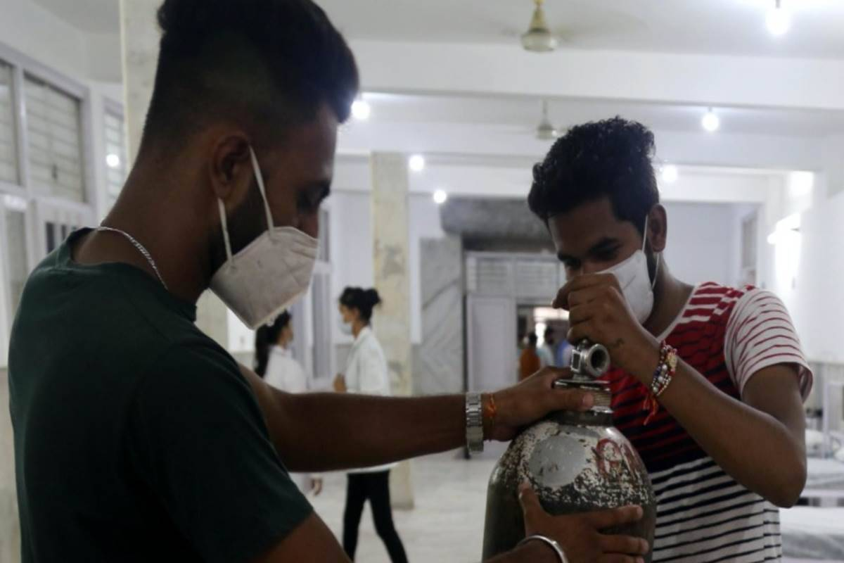 Covid-19 surge in Pune: Steep rise in Oxygen demand cripples operations in hospitals