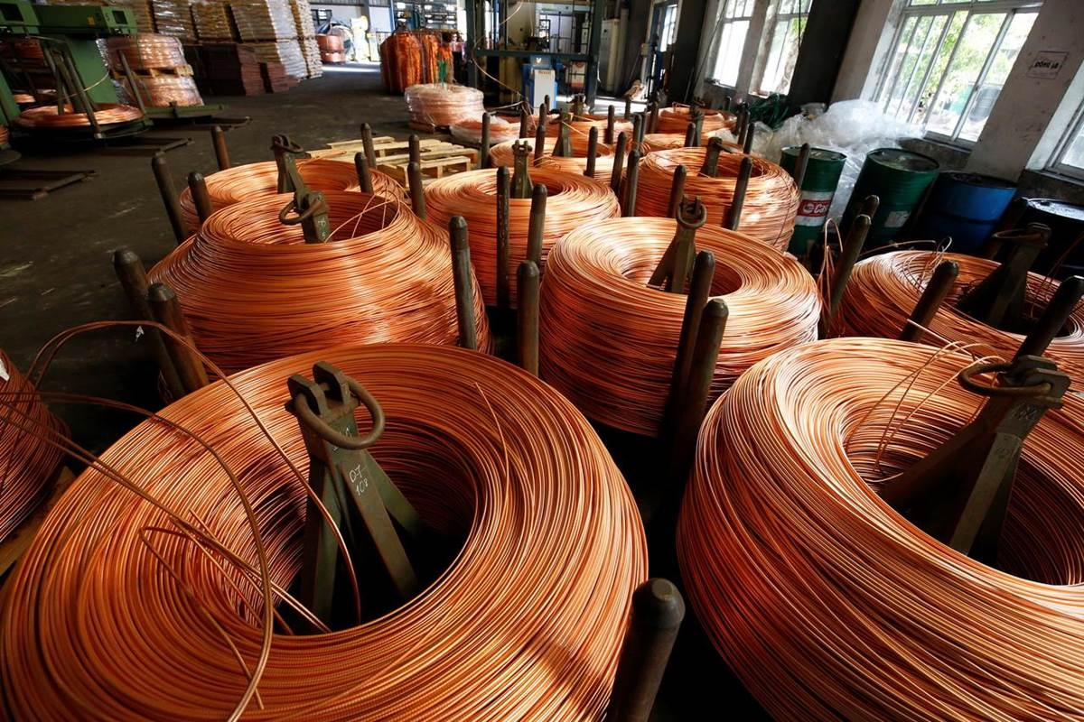 Hindalco ties up with Hind Copper to cut import of copper concentrate