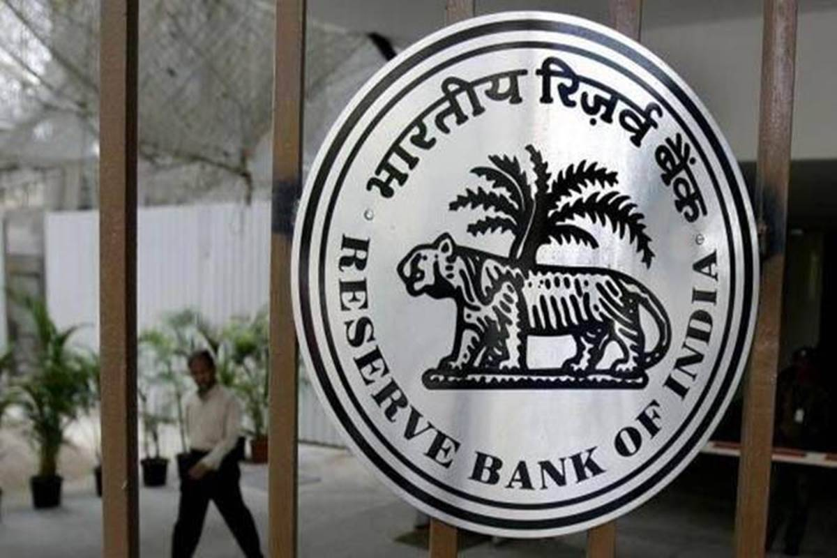RBI allows HFCs to lend with banks under co-origination model