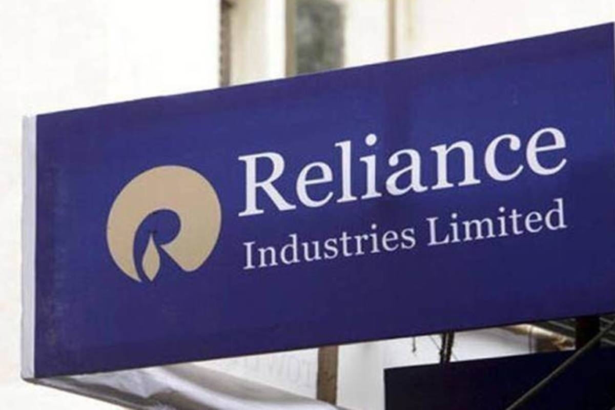 RIL Q2 net profit falls 6.6%; digital services, retail drive sales