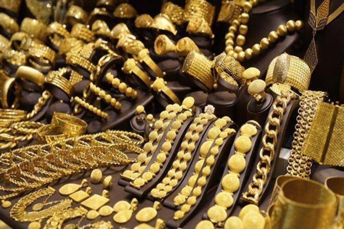 Weak sentiment, high prices, other factors hit gold demand in Q2; yellow metal demand falls 30%