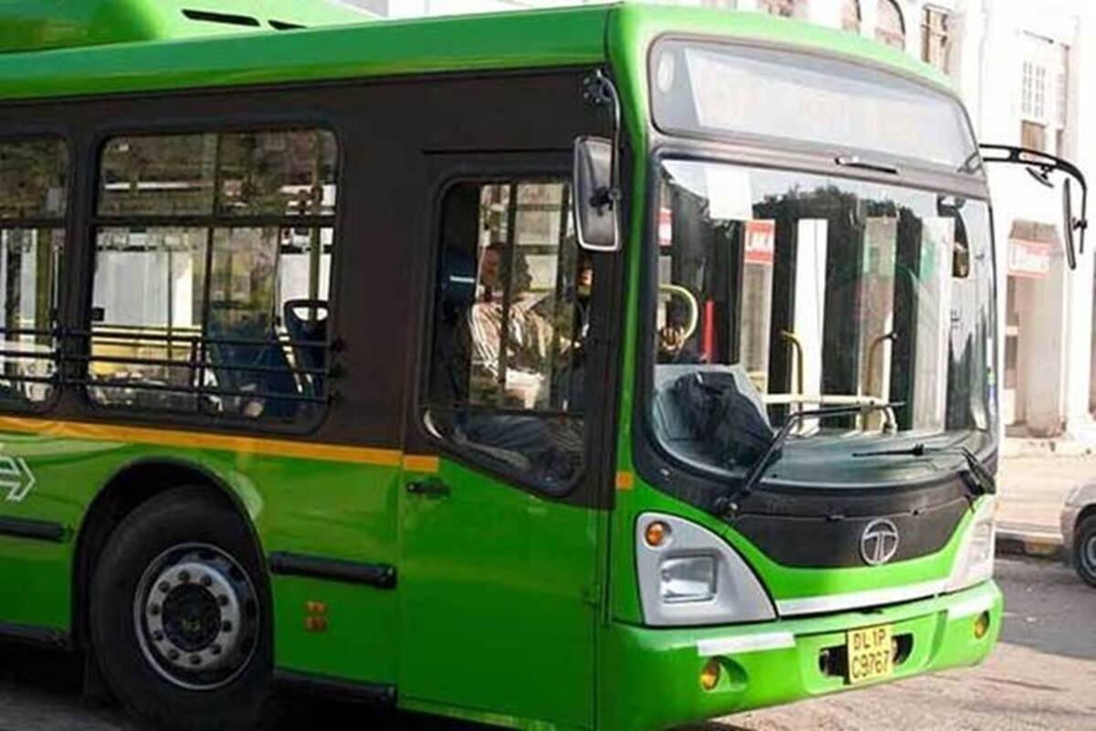 Delhi govt's decision to run buses at full capacity is a serious blow to distancing