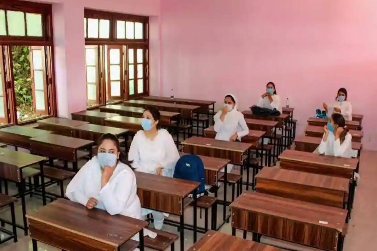 Karnataka medical, paramedical colleges to resume classes from December 1 — check details