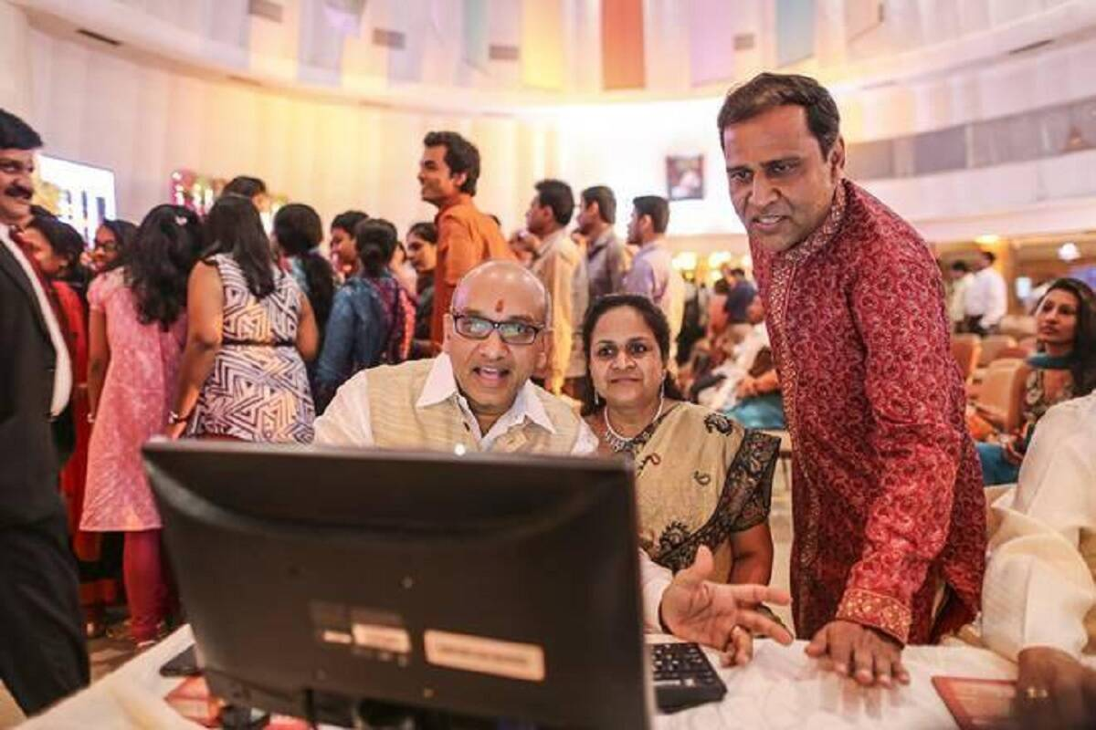 Share Market LIVE: Diwali Muhurat trading to begin soon; Sensex, Nifty look to continue yesterday's momentum