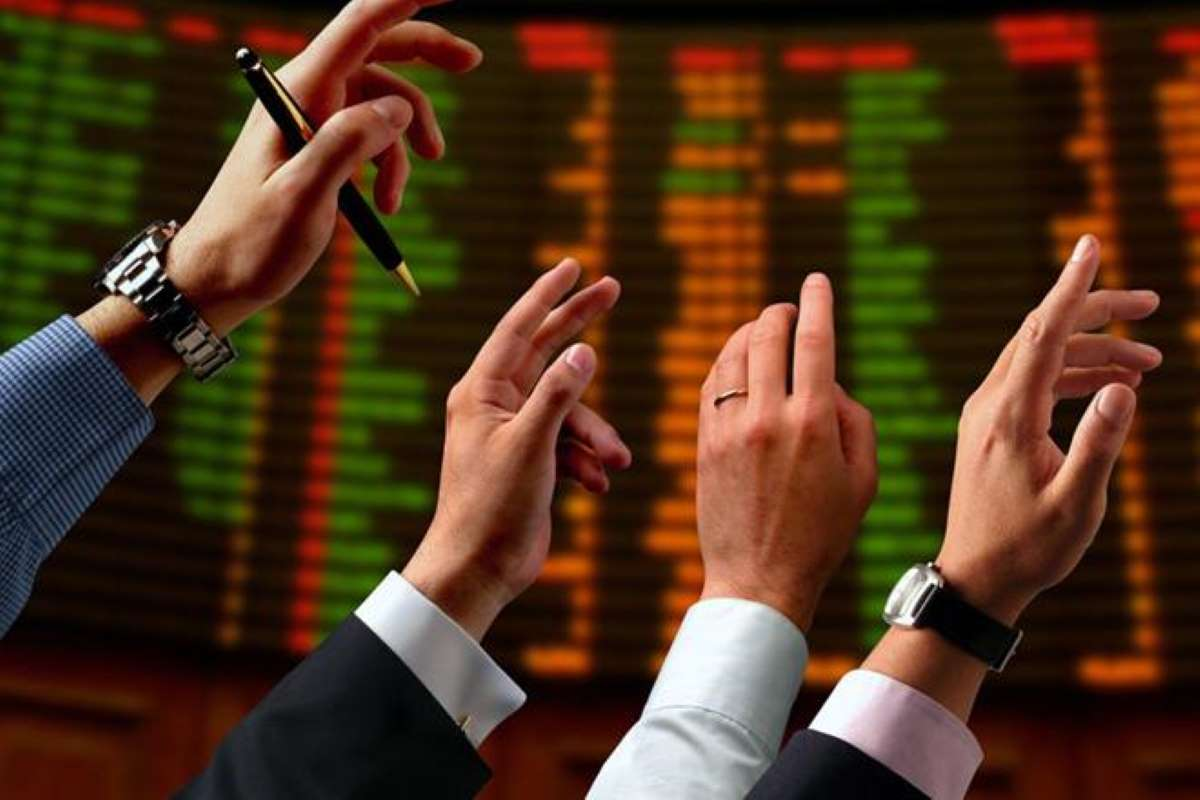 Stocks in focus: Reliance Industries, State Bank of India, Ruchi Soya, Muhtoot Finance