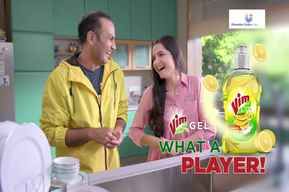 Vim's new campaign calls for gender equality in dishwashing