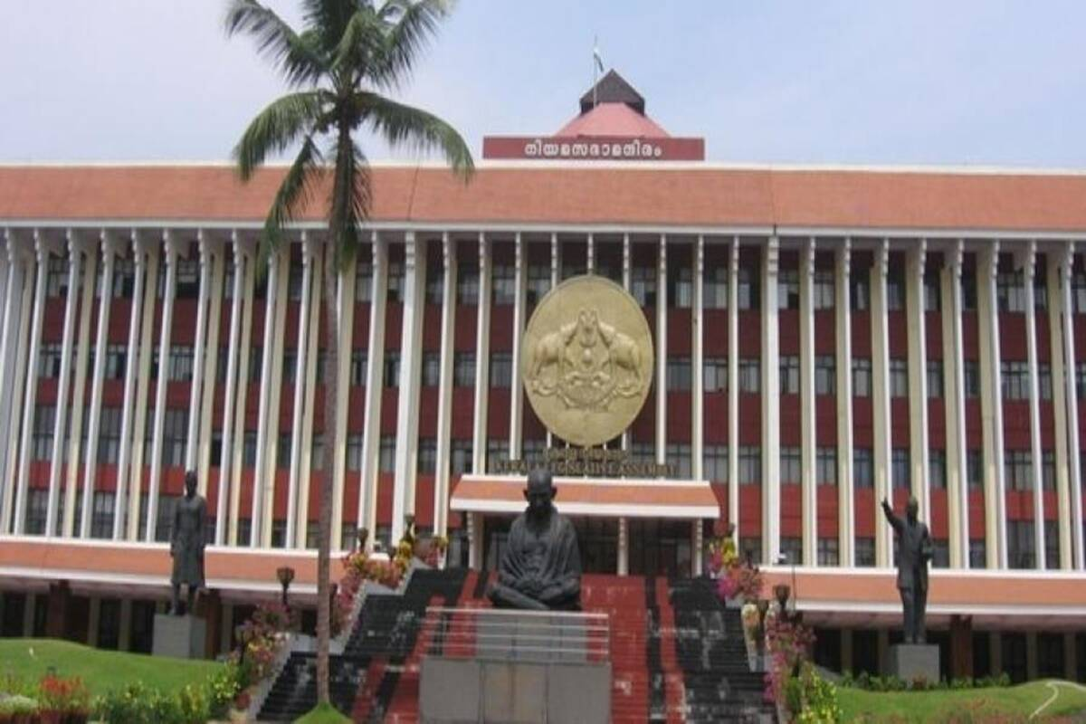 'Anti-farmers, pro-corporate': Kerala Assembly passes resolution against Centre's farm laws