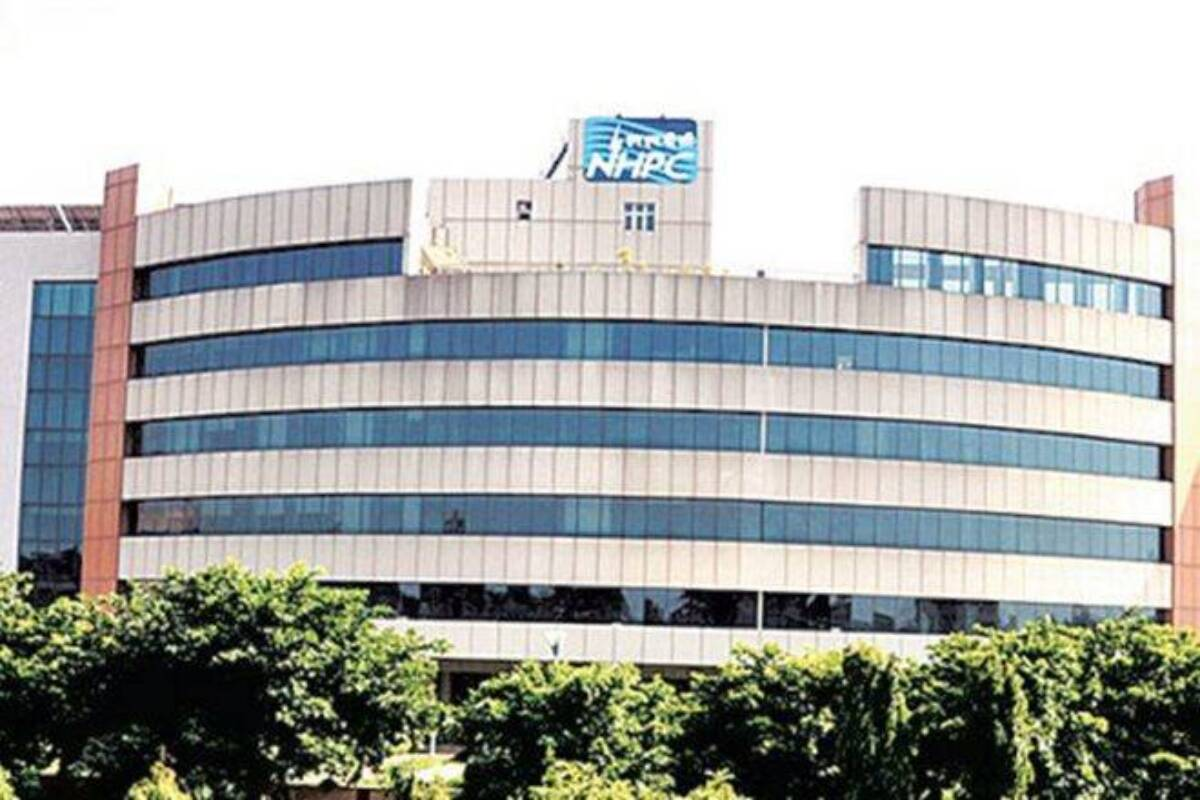 Analyst Corner: Maintain 'buy' on NHPC with target price of Rs 34