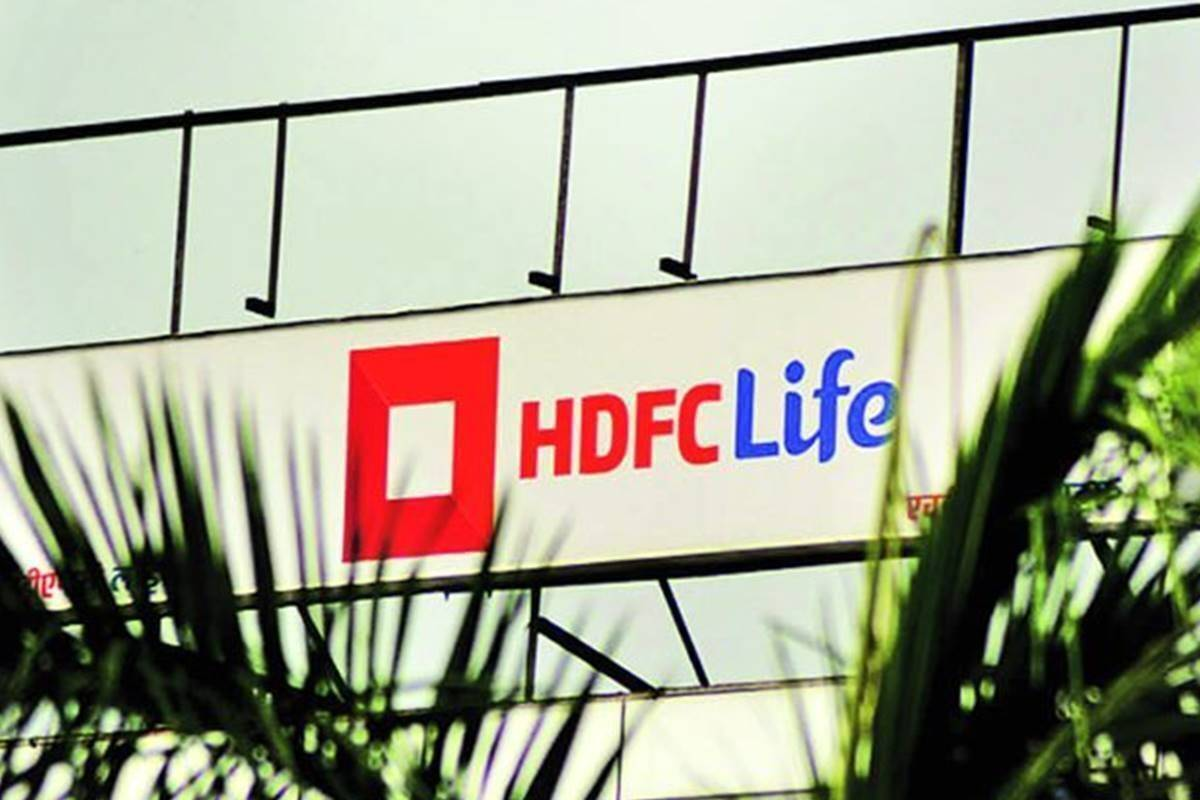 HDFC Life: Upgrade to 'hold', lift TP to Rs 720 from Rs 610