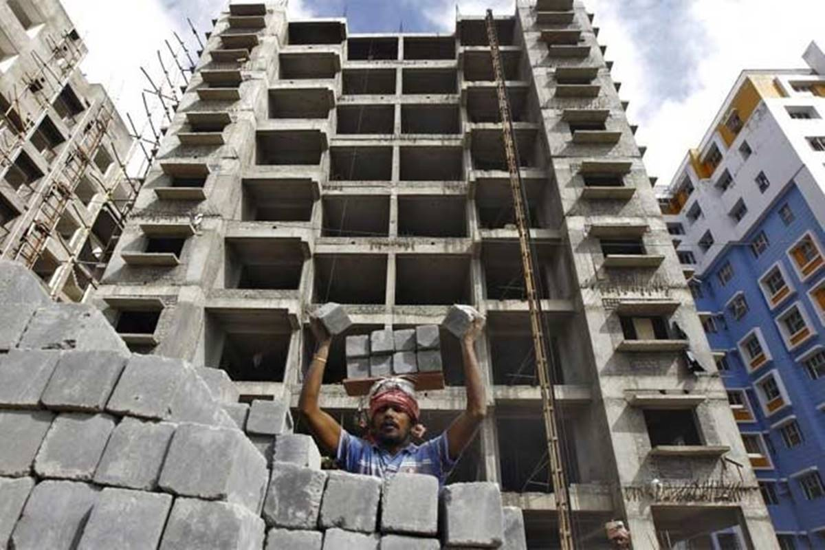 Reiterate 'buy' on Embassy REIT, Oberoi Realty, DLF