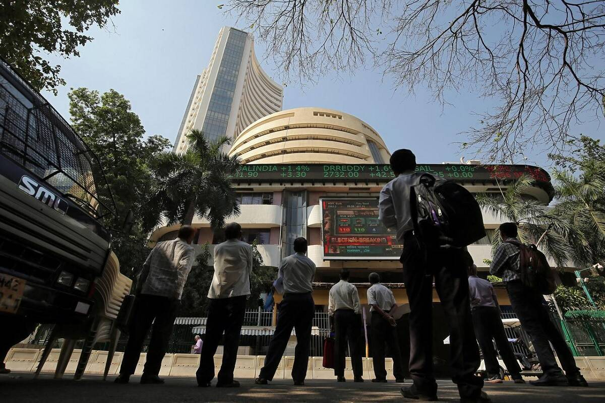 SGX Nifty nosedives 200 points; 5 things to know before today's opening bell