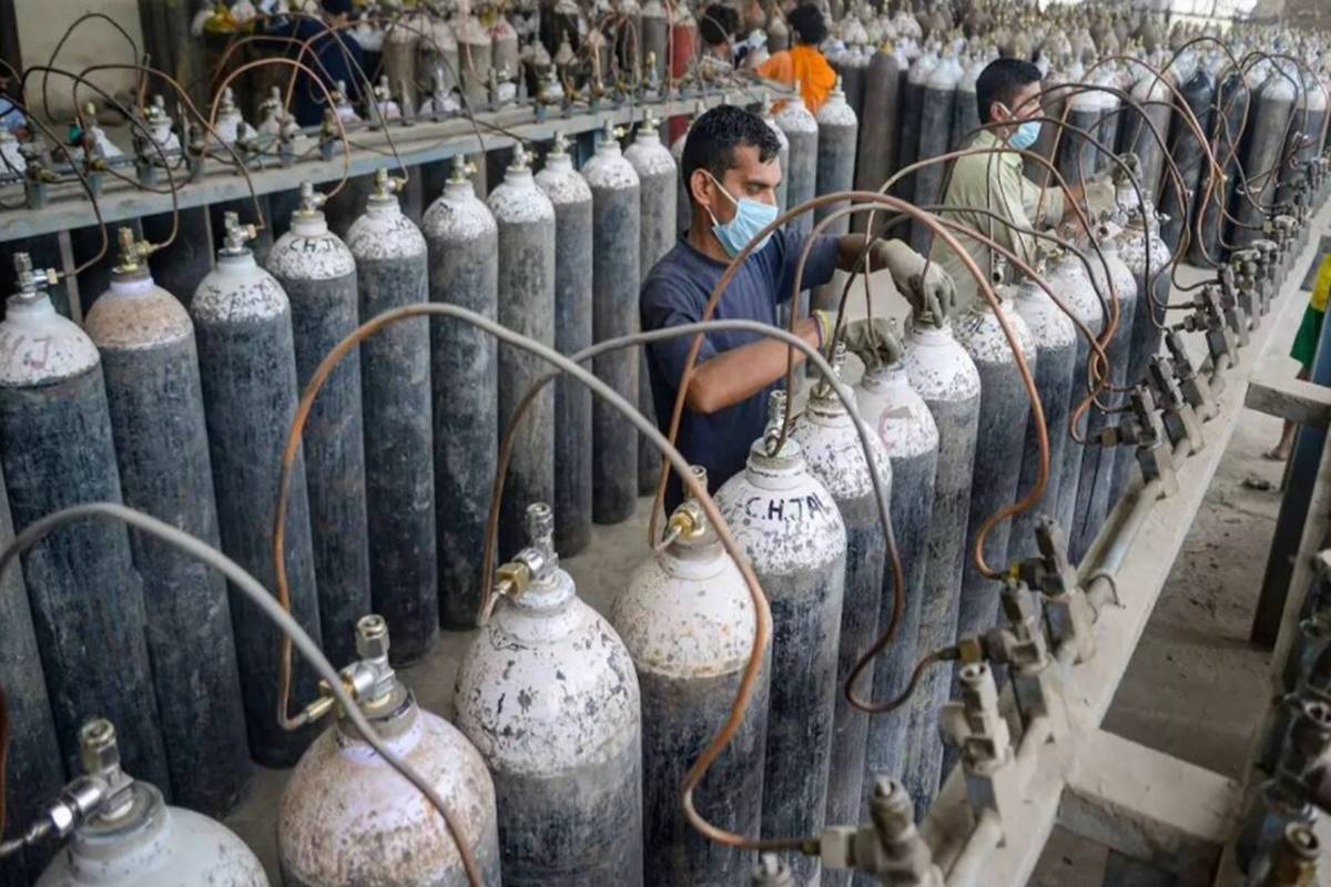 With Covid surge, Delhi to increase bed capacity! Oxygen need could touch 1,000 MTs; details