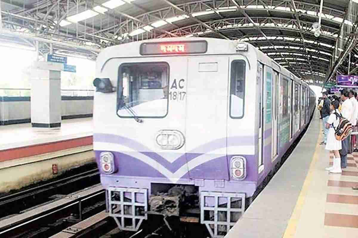 Despite Covid challenges, Indian Railways completes 800m tunnel drive in East-West Kolkata Metro Corridor