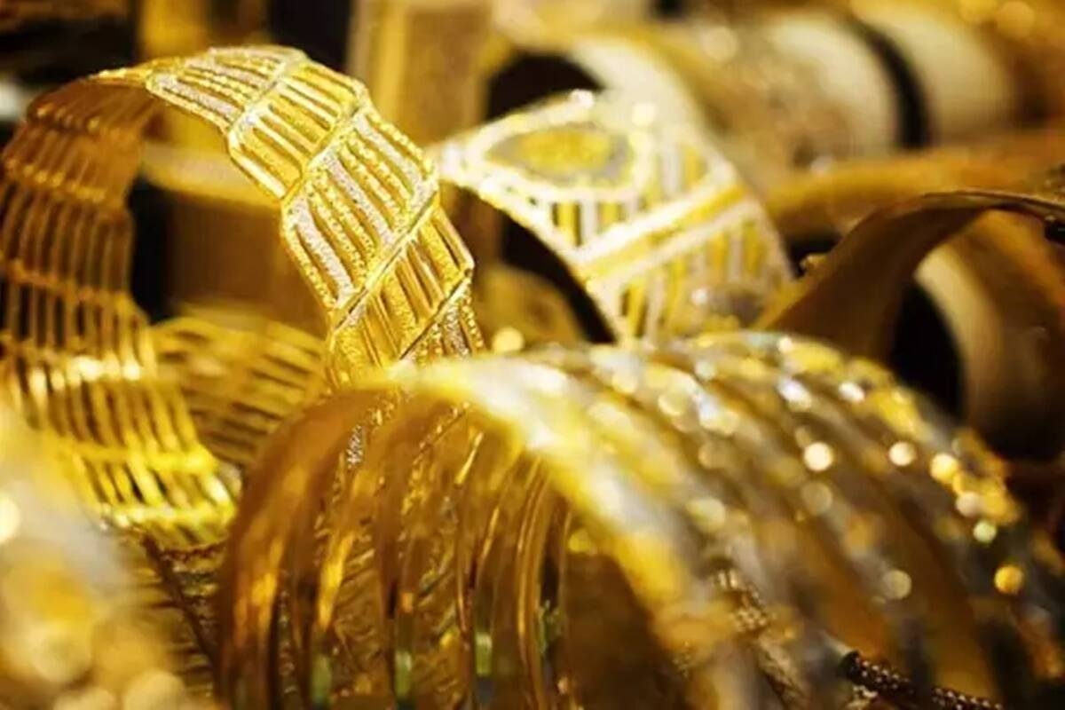 Gold price today, 25 May 2021: Yellow metal falls on weak global cues; if gold holds 49,000, it may hit 50,500