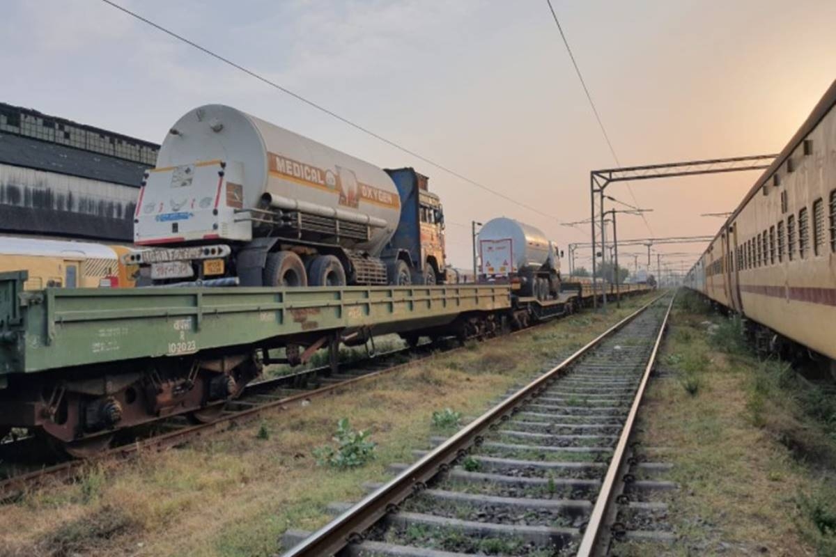 Railways deliver highest daily O2 load of 1,195 MT