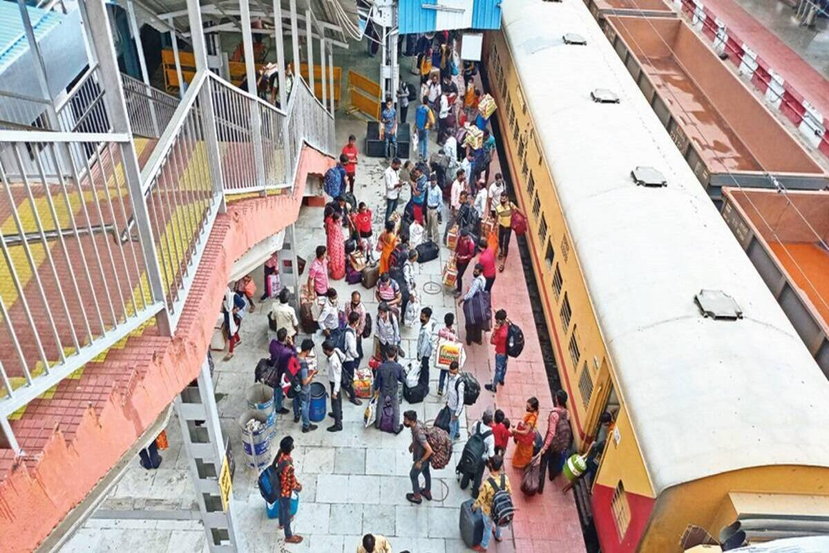 RRC Southern Railway Recruitment 2021: Applications invited for 3,322 apprentice posts; check eligibility, last date, other details