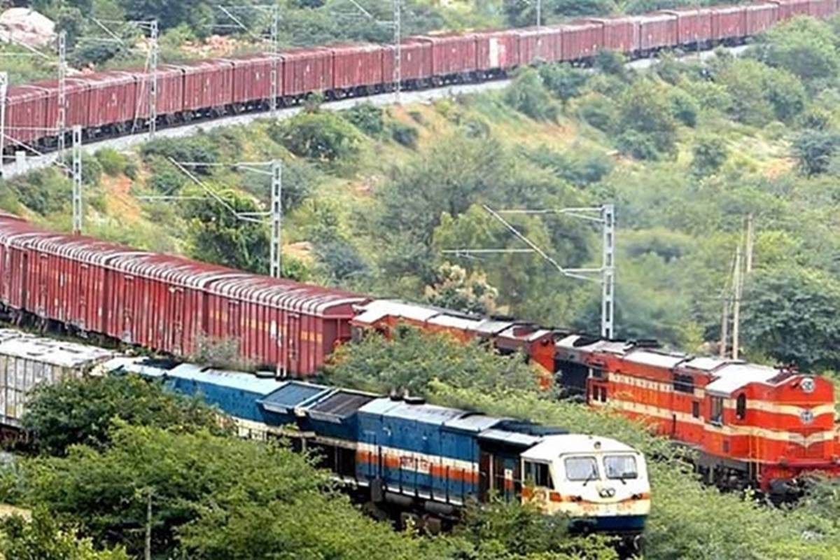 Southern Railway registers increase in freight and parcel revenue