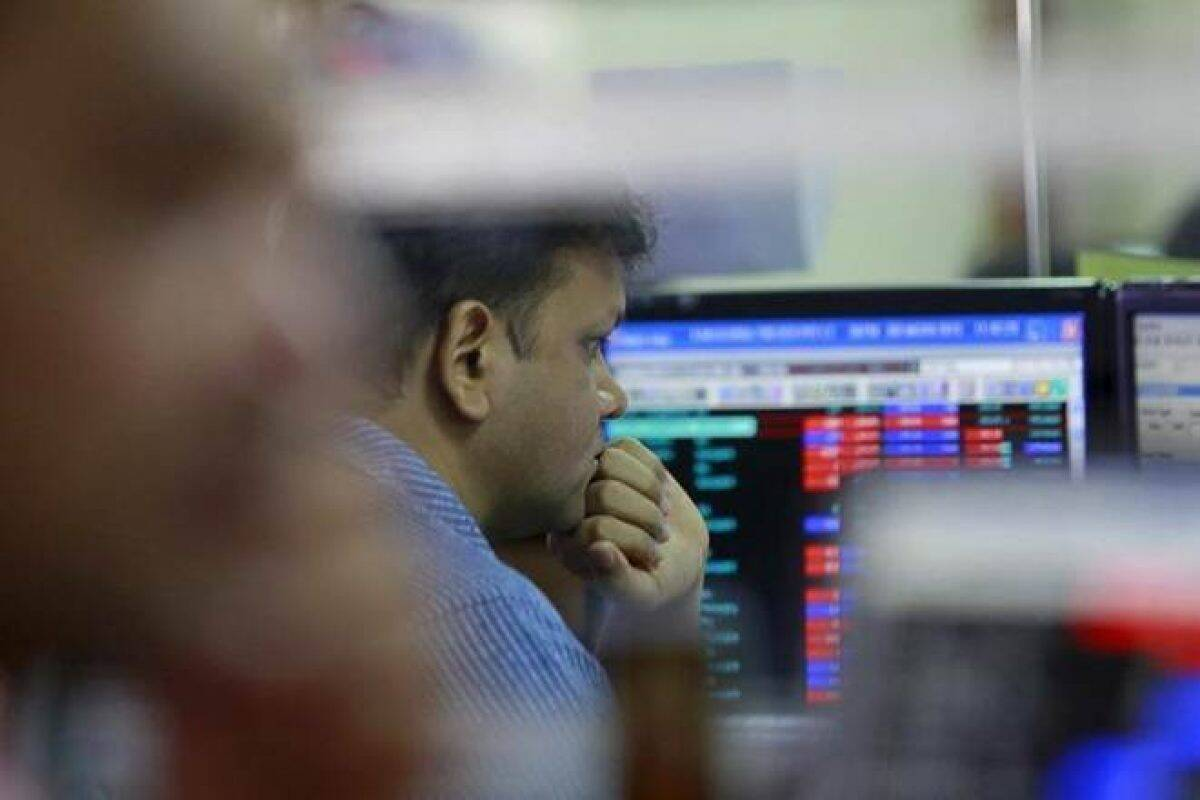 Market LIVE: SGX Nifty falls, Sensex, Nifty stare at gap-down start; Zomato's Rs 9,375-cr IPO to open today